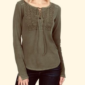 Lucky Brand Lace Up Top Split Sleeves